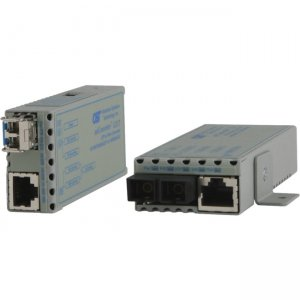 Omnitron Systems 1222-0-1Z 10/100/1000BASE-T to 1000BASE-X Ethernet Media Converter 1222-0-x