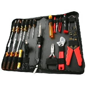 StarTech.com CTK500 19 Piece Computer Tool Kit in a Carrying Case